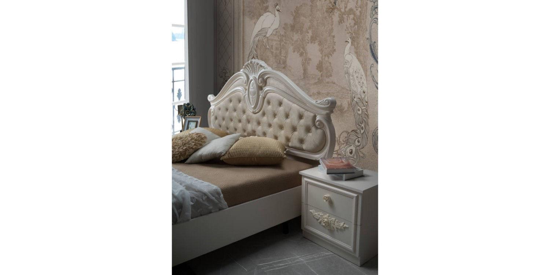 Italská postel Nora.